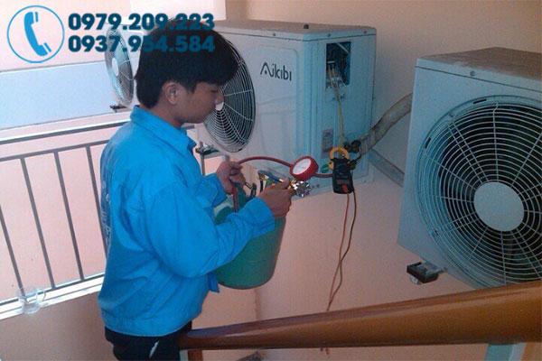 Sửa máy lạnh tại Quận 2 4