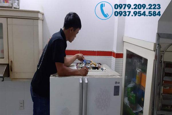 Sửa tủ lạnh đường Lê Văn Việt 3