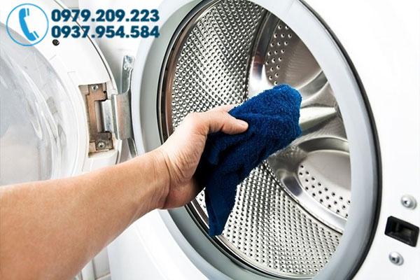 Vệ sinh máy giặt tại nhà 2