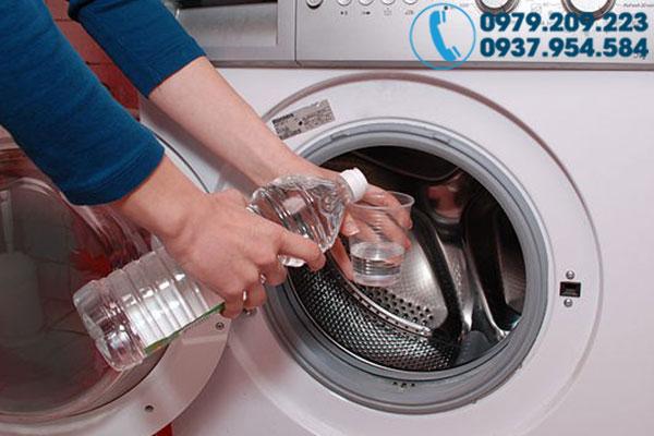 Vệ sinh máy giặt tại nhà 5