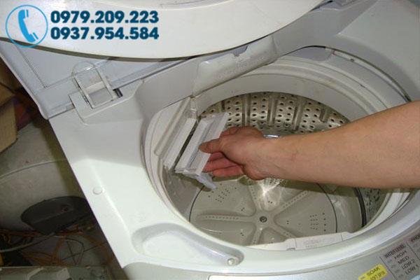 Vệ sinh máy giặt tại nhà 7